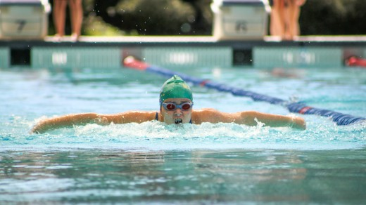 Mackillop college werribee for Caroline springs swimming pool
