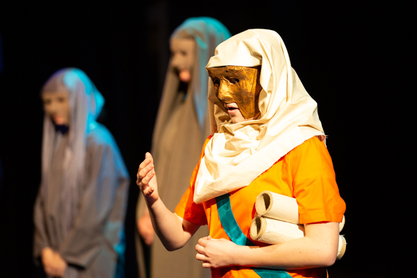 2019 Yr11 Theatre Studies – Antigone